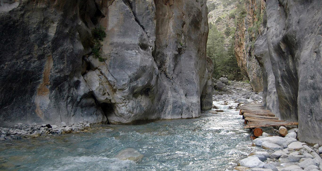 Les Gorges De Samaria Pachnes B Amp B